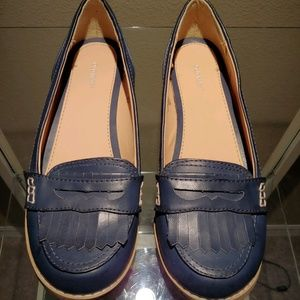 Old Navy Blue Loafers EUC - Size 9 - B5